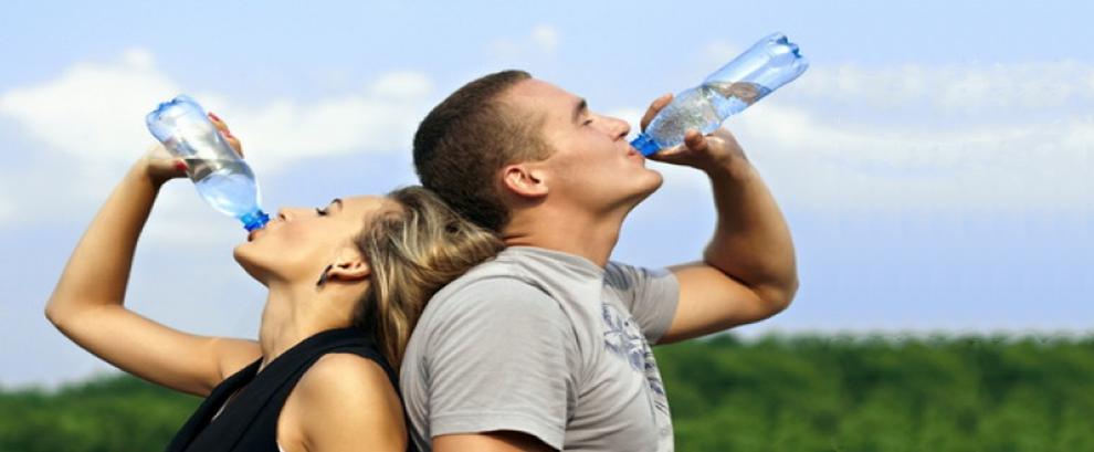 Bea apă!