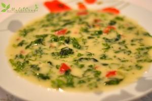 ciorbă raw cu salată verde