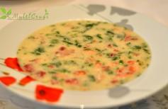 supa ciorbă raw cu spanac şi căpşune