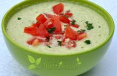 supă cremă de castraveti raw vegan