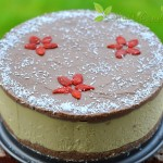 Tort de ciocolată cu vanilie și portocale (raw vegan)